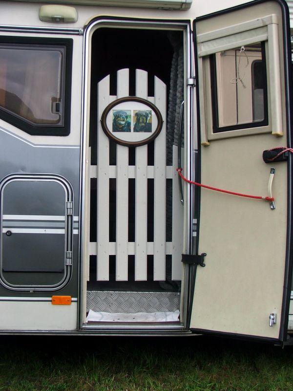 hobby 600 ein wohnmobil ist kult treffen auf dem alten festplatz der historischen stadt bad orb. Black Bedroom Furniture Sets. Home Design Ideas