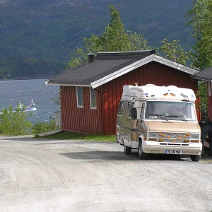 Narvik Camping, Administrator is filling fresh water.