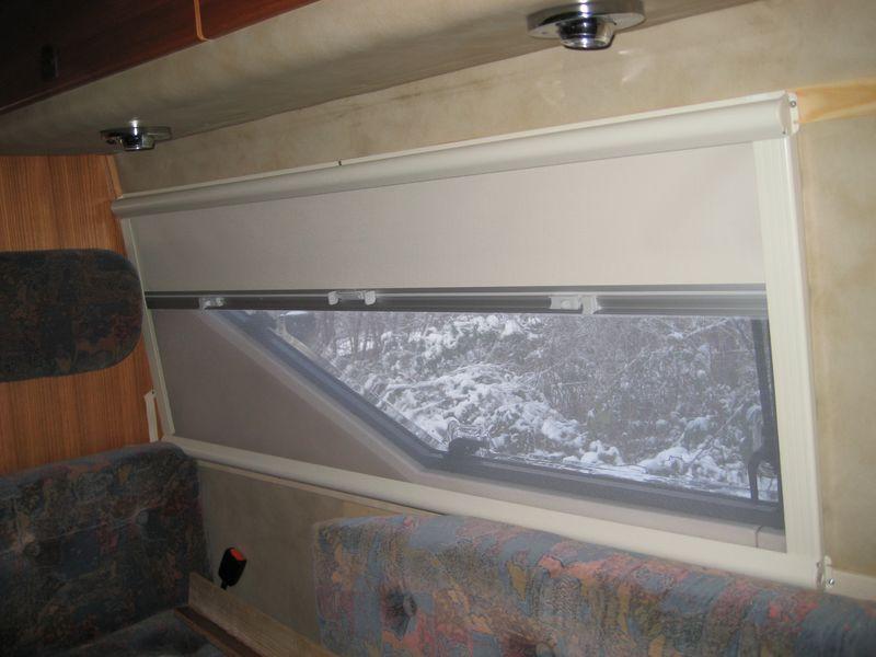hobby 600 ein wohnmobil ist kult tip umbau der rollos auf doppelkassettenrollo seitz mini 1302. Black Bedroom Furniture Sets. Home Design Ideas