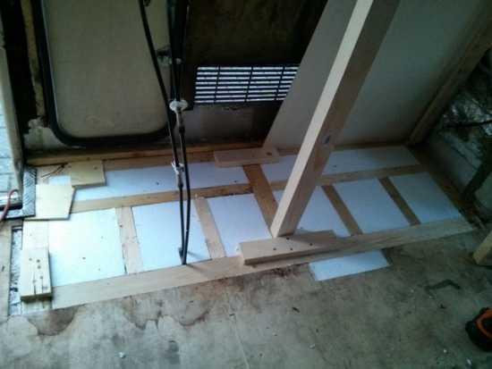 Hobby 600 ein wohnmobil ist kult der schein tr gt for Boden neu aufbauen