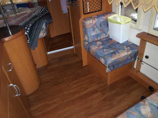 Fußboden Im Wohnmobil ~ Hobby ein wohnmobil ist kult neuer fußbodenbelag für