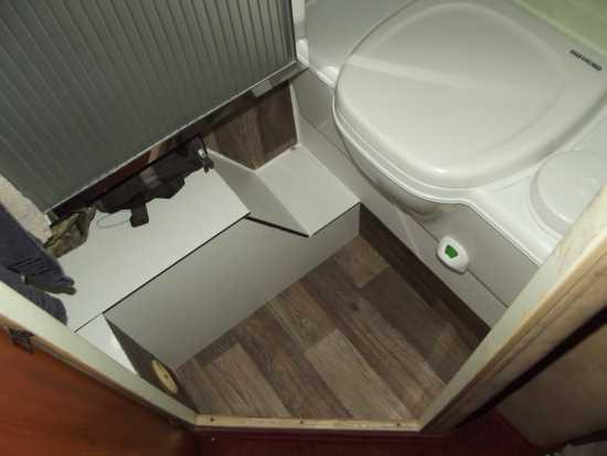 hobby 600 ein wohnmobil ist kult ein neues badezimmer in unserer knuffeline hobby 600. Black Bedroom Furniture Sets. Home Design Ideas